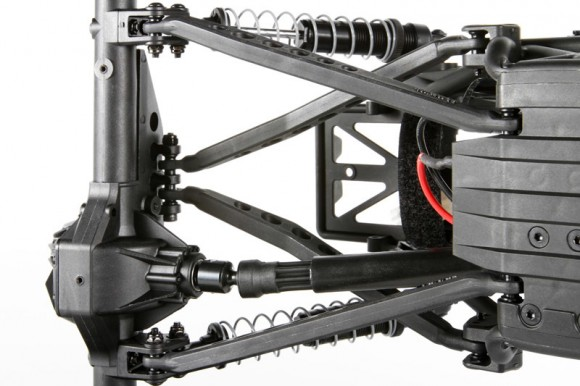4-LINK SUSPENSION The suspension geometry utilizes a 4-Link design which is optimized to reduce axle steer and to have the proper amount of anti-squat and roll characteristics. The 4-Link system also aids against suspension wrap-up in high power applications.