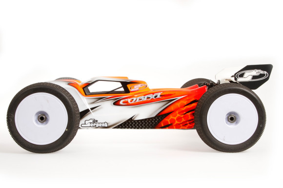 Serpent Cobra 1/8 e-Truggy